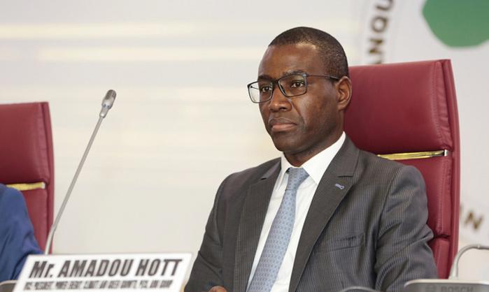 Ministre de l'Économie du Plan et de la Coopération : Amadou Hott, un CV vraiment hot*