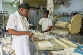 Hausse du prix de la farine : les boulangers veulent augmenter le prix du pain