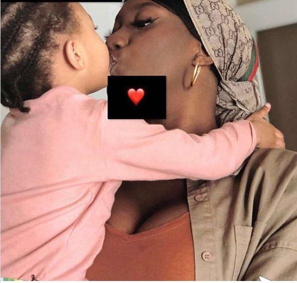 Aya Nakamura dévoile une adorable photo de sa fille Aïcha