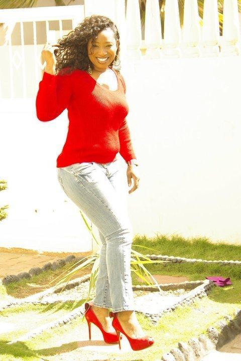 La belle styliste et designer Yayi Ndir