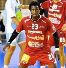 Ibrahima Diaw risque une sanction pour s'être déplacé à Maputo sans l'aval de son club