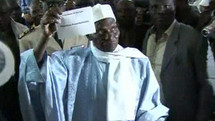 POURQUOI ABDOULAYE WADE DOIT RETIRER SA CANDIDATURE