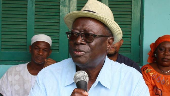 Suppression du poste de Premier ministre : « Macky Sall engage sa propre responsabilité », selon Robert Sagna