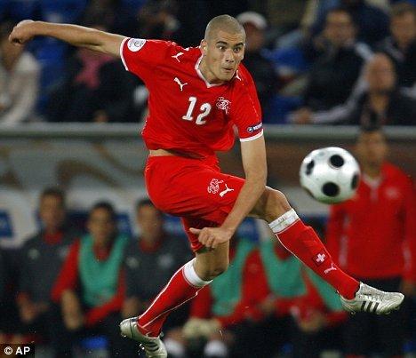 [Vidéo] Le but de l'année signé Eren Derdiyok
