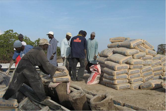 Hausse du prix du ciment: L'Ascosen ne partage pas la décision