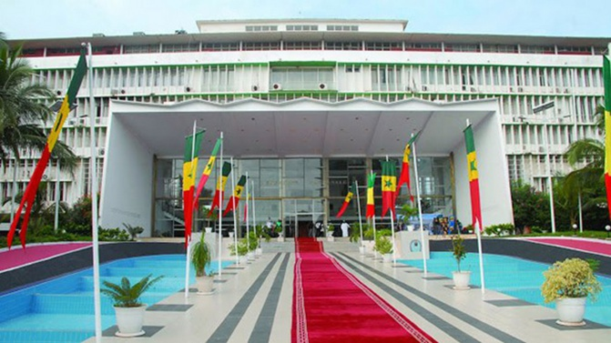 Député Cheikh Abdou Mbacké : « le président de la République aura toujours la possibilité de dissoudre l'Assemblée après le vote de la loi »