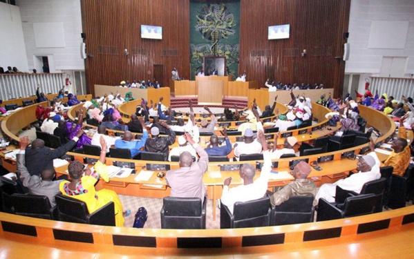 Suppression poste 1er ministre : les députés adoptent le projet de loi