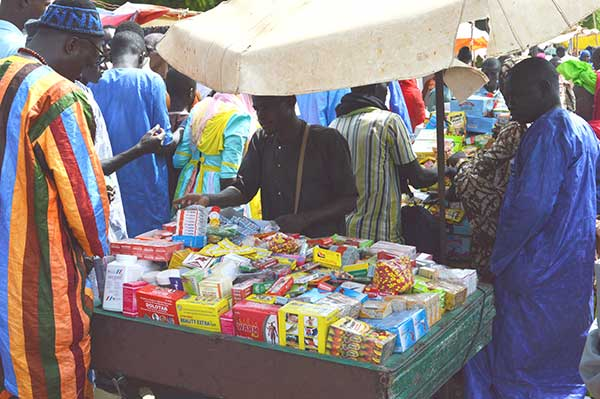 Libération d'un grand trafiquant de médicaments : l'ordre des médecins désapprouve Macky Sall