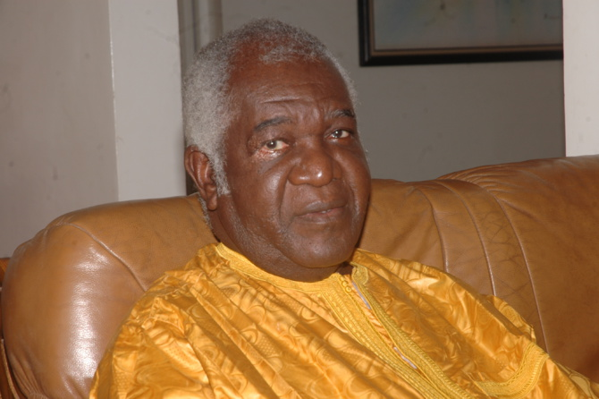 Eventuel 3ème mandat : « la parole de Macky Sall ne vaut rien », selon Mamadou Ndoye
