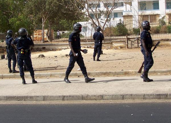 : «Le Policier a appuyé Sur La Gâchette, Je Me Suis Réveillé À L'hôpital Avec Beaucoup De Sang»