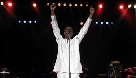 Youssou Ndour un musicien de renommée internationale engagé pour l'Afrique