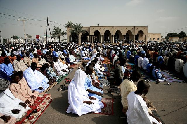 1er vendredi de Ramadan: Les fidèles affluent vers les mosquées