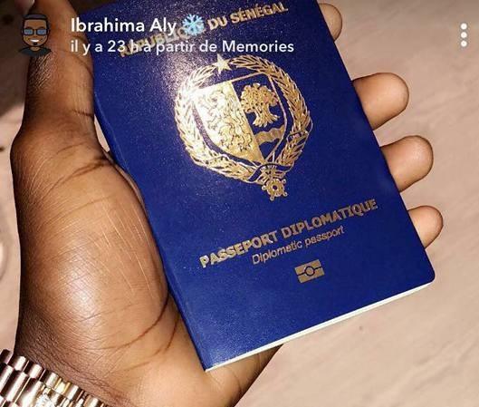 Passeports diplomatiques : Macky Sall ordonne à la Dic de traquer 200 documents délivrés par Sidiki Kaba