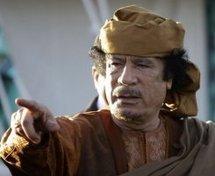 Libye: Kadhafi capturé et gravement blessé, le site d'une télévision dément