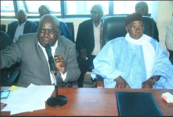 Pds : le réseau téléphonique se brouille entre Me Wade et Oumar Sarr