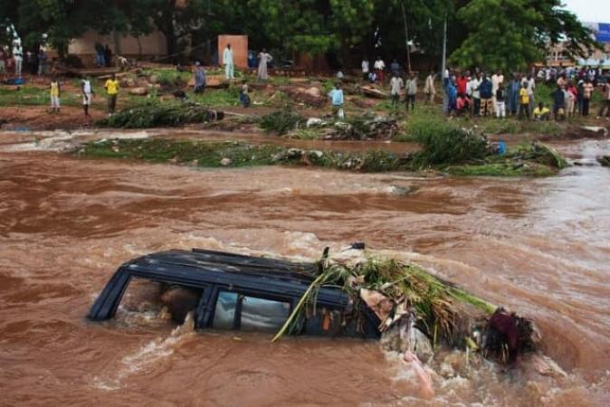 Inondations à Bamako: 15 morts et d'importants dégâts matériels