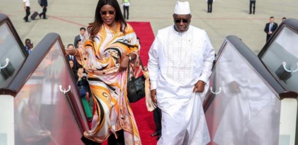 Macky Sall lance le dialogue national et s'envole pour la Mecque