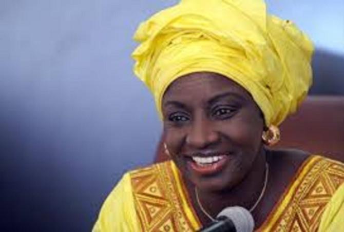CESE : Aminata Touré compte résoudre le problème de l'avancée de la mer
