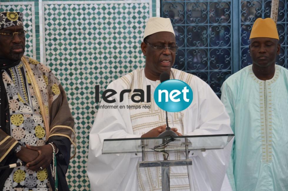 Les images de Macky Sall à la Grande Mosquée de Dakar