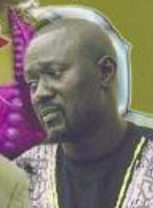 Pour une histoire de 2 millions : Le frère de Khar Mbaye se fait casser le pare-brise de son véhicule