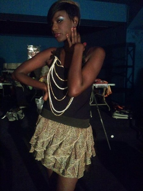 Photo : La petite soeur de Lissa Un Café avec.. en mode soirée