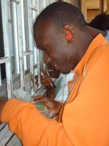 8 mois  sans salaire : le calvaire des payeurs de bourses des étudiants de l'université de Dakar