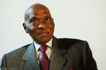 Abdoulaye Wade : volonté de partir et désir de rester
