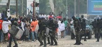 Mouvement d'humeur: Les étudiants ont bloqué la Corniche ouest