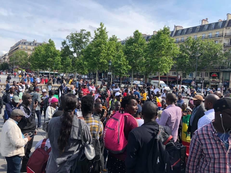 """PHOTOS - """"AAR LI NU BOOK"""" - Rassemblement Pacifique de la Plateforme à Paris"""