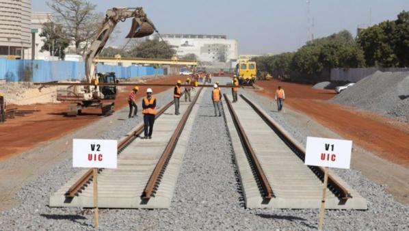 TER: Macky Sall satisfait de l'état des chantiers