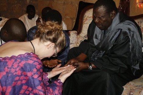 Bethio Thioune demande à ses talibés, femmes mariées de quitter... facebook