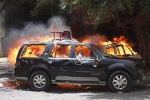 Accident : une voiture prend feu sous les yeux du chauffeur