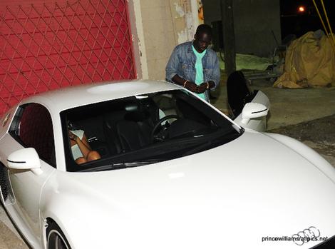 Bu thiam, le frère de akon avec sa voiture qui coûte plus de 200