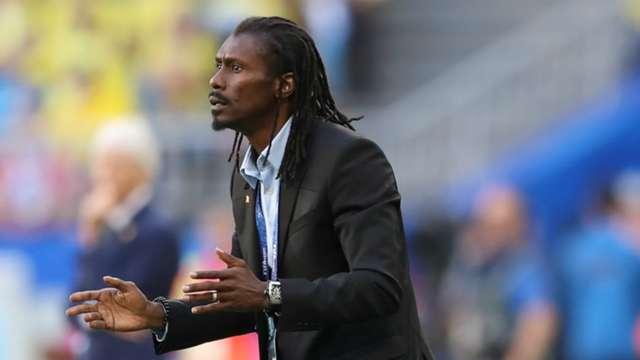 Sénégal vs Bénin: Aliou Cissé fait appel à l'arbitre Malang Diédhiou pour expliquer la VAR aux joueurs