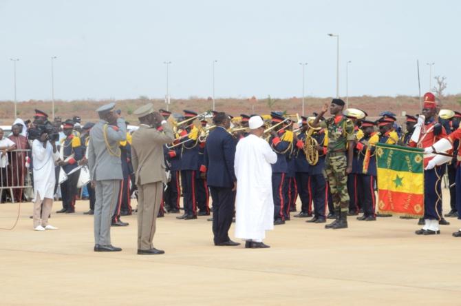 PHOTOS - AIDB: Les images de l'arrivée de la dépouille d'Ousmane Tanor Dieng