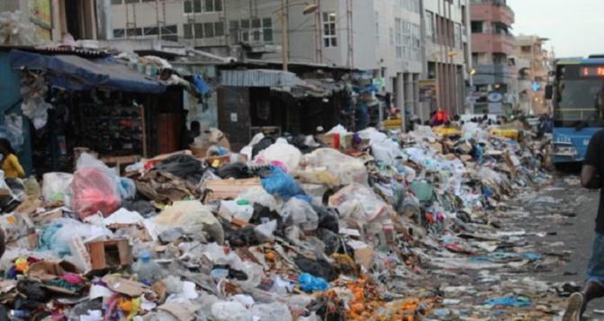 Programme « Zéro déchet, zéro bidonville »: Macky Sall demande à son gouvernement de passer en mode Fast Track