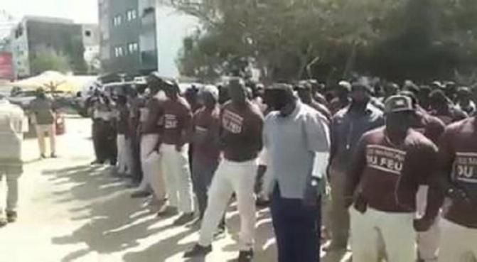Protestation: Les « marrons du feu » assiègent le domicile du Président de la République, Macky Sall