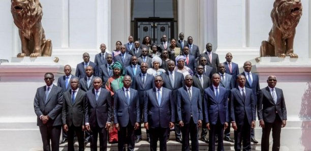 Pause gouvernementale : Les ministres partent en vacances
