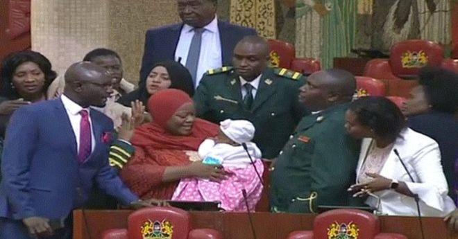 Kenya : une députée expulsée du parlement à cause de son bébé