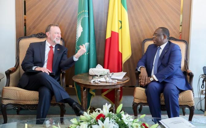 Audiences: Macky Sall reçoit le « Monsieur Afrique » de Donald Trump...