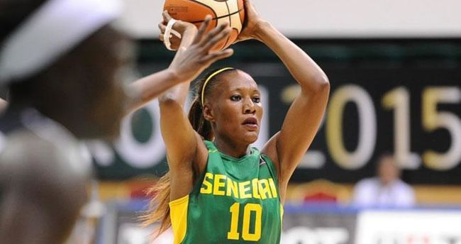 """Afrobasket-2019 / Astou Traoré, capitaine des """"Lionnes"""": « les filles avaient un peu la pression au début »"""