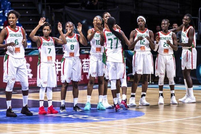 Afrobasket féminin 2019: Macky Sall offre 10 millions de FCfa à chaque membre de la délégation