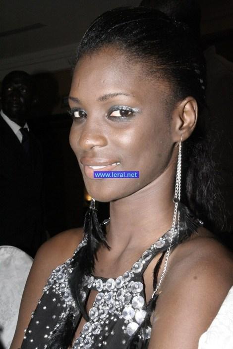 les clich u00e9s de leral net  le sobre maquillage de lissa