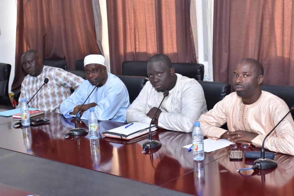 APR RUFISQUE : oumar gueye, invite les cadres a une meilleure organisation pour l'ancrage définitif du parti dans les 12 communes du département
