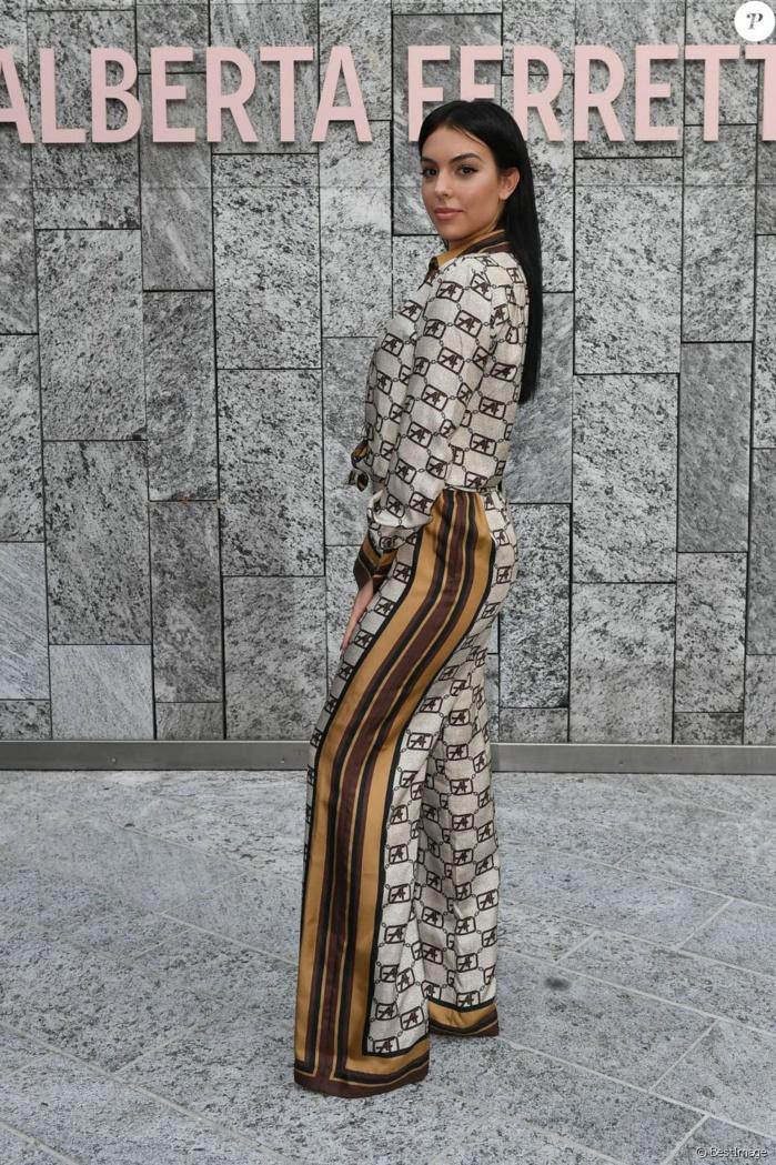 Georgina Rodriguez: La chérie de Cristiano Ronaldo canon à la Fashion Week