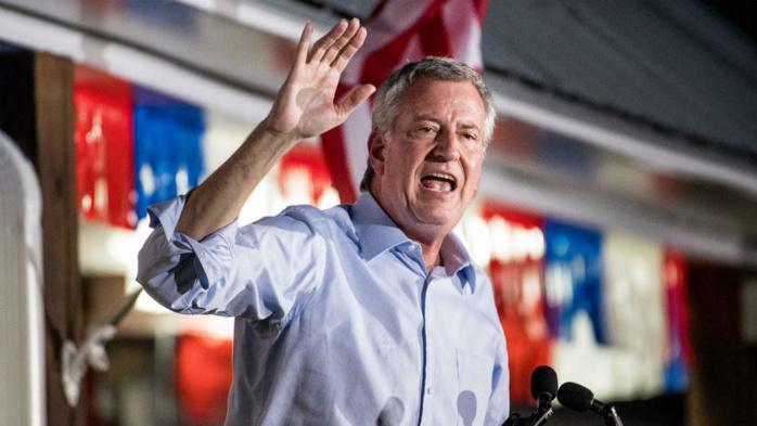 Le maire démocrate de New York, Bill de Blasio, abandonne la course à la Maison Blanche