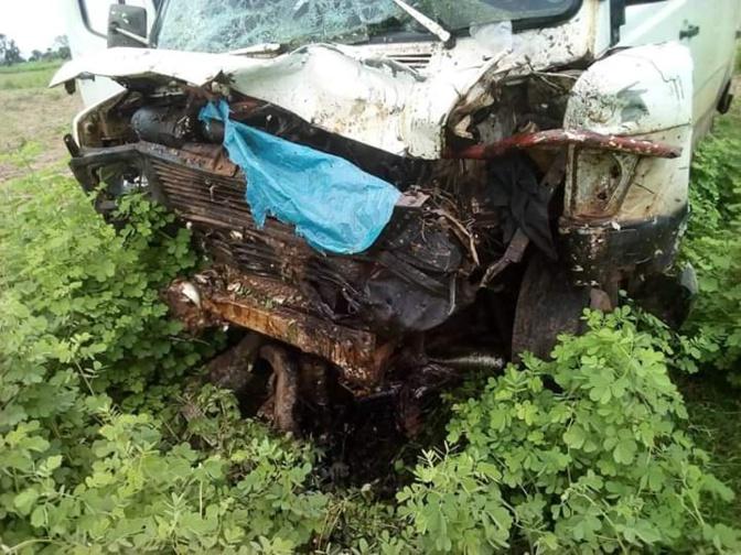 Les images de l'accident qui a coûté la vie aux 2 jakartamen à Kaolack