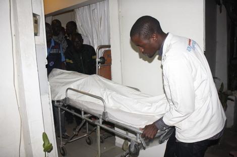 [Photos ]  Le corps de L'étudiant tué