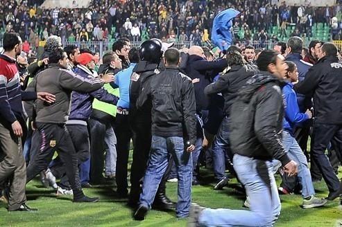 Des dizaines de morts après un match de foot en Égypte
