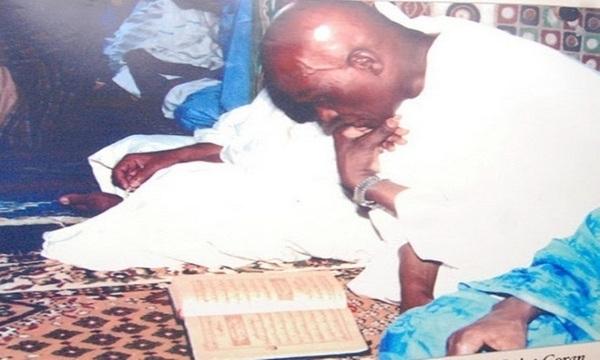 Wade récite 5 fois le Coran depuis 10 jours